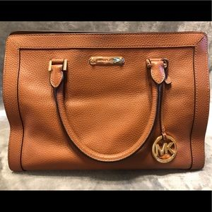 Michael Kors - 💛🧡Satchel! 🧡💛